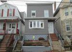 Foreclosed Home en BRIGHTON AVE, Kearny, NJ - 07032