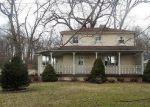 Foreclosed Home en W FARMINGTON RD, Peoria, IL - 61604