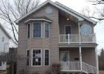 Foreclosed Home en E 220TH ST, Euclid, OH - 44123