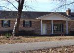 Foreclosed Home en HIGHWAY 124, Mc Kenzie, TN - 38201