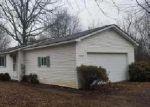 Foreclosed Home en S FIVE LAKES RD, Lapeer, MI - 48446