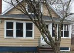 Foreclosed Home en LEVERSEE RD, Troy, NY - 12182