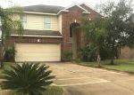 Foreclosed Home en NORTHFORK HOLLOW LN, Richmond, TX - 77407