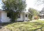 Foreclosed Home en GREENWOOD ST, Victoria, TX - 77901