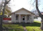 Foreclosed Home en W BROAD ST, Freeport, TX - 77541