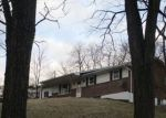 Foreclosed Home en E BEST RD, Bath, PA - 18014