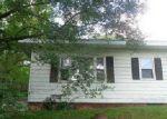 Foreclosed Home en GILBERT ST, Belleville, IL - 62226