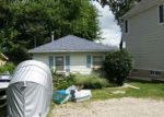Foreclosed Home en HIGHLAND DR, Island Lake, IL - 60042