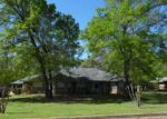 Foreclosed Home en FAY WAY DR, Palestine, TX - 75801