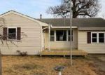 Foreclosed Home en SEA BREEZE RD, Toms River, NJ - 08753