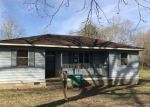 Foreclosed Home en FIFTH AVE, Newton, MS - 39345