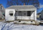 Foreclosed Home en WASHTENAW ST, Harper Woods, MI - 48225