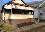 Foreclosed Home en CUSTER ST, Vandergrift, PA - 15690