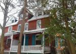 Foreclosed Home en LINDEN AVE, Lansdowne, PA - 19050