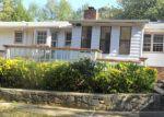 Foreclosed Home en HUDDERSFIELD DR, Snellville, GA - 30039