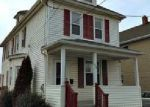 Foreclosed Home en N 8TH AVE, Manville, NJ - 08835