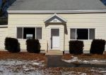 Foreclosed Home en LYDALL ST, Manchester, CT - 06042