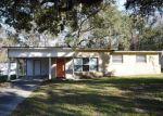 Foreclosed Home en PATOU DR, Jacksonville, FL - 32210