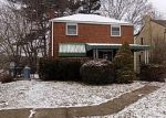 Foreclosed Home en VERONICA DR, Pittsburgh, PA - 15235