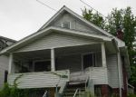 Foreclosed Home en ONEY AVE, Huntington, WV - 25705