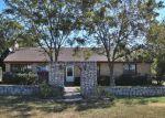 Foreclosed Home en VEAZEY DR, Gatesville, TX - 76528