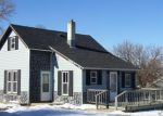 Foreclosed Home en E DOUGLAS AVE, Mitchell, SD - 57301
