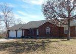Foreclosed Home en LENSMAN RD, Saint Robert, MO - 65584