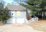 Foreclosed Home in NW 70TH ST, Kansas City, MO - 64118