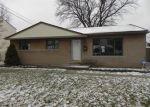 Foreclosed Home en HIVELEY ST, Westland, MI - 48186