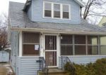 Foreclosed Home en E ALCOTT ST, Kalamazoo, MI - 49001