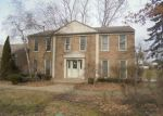 Foreclosed Home en SAVOIE TRL, West Bloomfield, MI - 48323