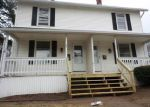 Foreclosed Home en ORCHARD ST, Manchester, CT - 06040