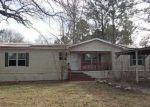 Foreclosed Home en OAK HILL DR, Huntsville, TX - 77320
