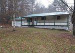 Foreclosed Home en CEMETERY RD, Hunlock Creek, PA - 18621