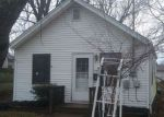 Foreclosed Home en E SOUTH ST, Bethel, OH - 45106