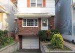 Foreclosed Home en HIGHLAND AVE, Kearny, NJ - 07032