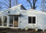 Foreclosed Home en 42ND ST, Paw Paw, MI - 49079