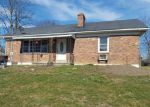 Foreclosed Home en WINDING WAY DR, Frankfort, KY - 40601