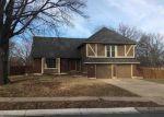 Foreclosed Home en E SUNVALE DR, Olathe, KS - 66062