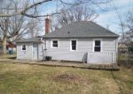 Foreclosed Home en N BAZIL AVE, Indianapolis, IN - 46219