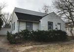 Foreclosed Home en W ROOSEVELT RD, Wheaton, IL - 60187