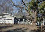 Foreclosed Home en EMERSON DR, Decatur, IL - 62526
