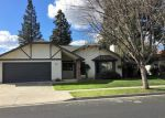 Foreclosed Home en PISTACHIO AVE, Clovis, CA - 93611