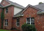 Foreclosed Home en BEAU PLACE BLVD, Des Allemands, LA - 70030