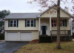 Foreclosed Home en BUCKINGHAM ST, Manchester, CT - 06042