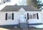 Foreclosed Home en SALEM RD, East Hartford, CT - 06118