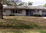 Foreclosed Home en RAINTREE TRL, Fort Pierce, FL - 34982