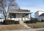 Foreclosed Home en E BRONSON ST, Streator, IL - 61364