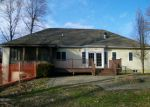 Foreclosed Home en N 1100 ST, Ramsey, IL - 62080