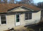 Foreclosed Home en SPRING ST, Collinsville, IL - 62234